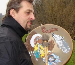Magnétiseur, soin au tambour amérindien, créations de tambour amérindien dans le 25 Doubs à Valonne