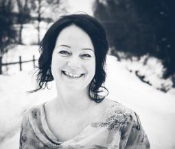 Sophrologue, maître Reiki unitaire et travailleuse sociale expérimentée en santé psychique en Suisse à Bulle