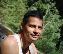 Réflexologie, massages thérapeutiques, yoga, reiki, conseils naturopathiques en Suisse à Genève