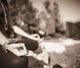 Yoga, yoga hormonal, yoga du dos dans le 38 Isère à Grenoble