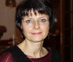 Relaxologue, enseignante en techniques du geste vocal, praticienne EPRTH dans le 78 Yvelines à Neauphle-le-Château