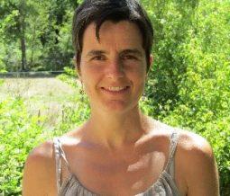 Thérapeute transpersonnelle, praticienne en fleurs de bach, praticienne et enseignante reiki dans le 26 Drôme à Eygaliers