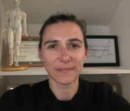 Spécialiste en shiatsu, éducateur de santé naturelle, conférencière dans le 92 Hauts-de-Seine à La Garenne Colombes